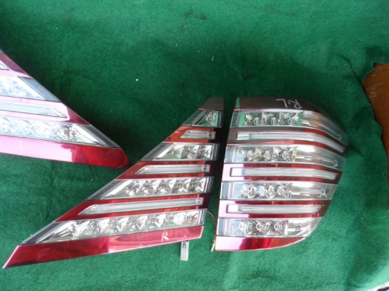 toyota alphard tail lamp with reflector set Lighting