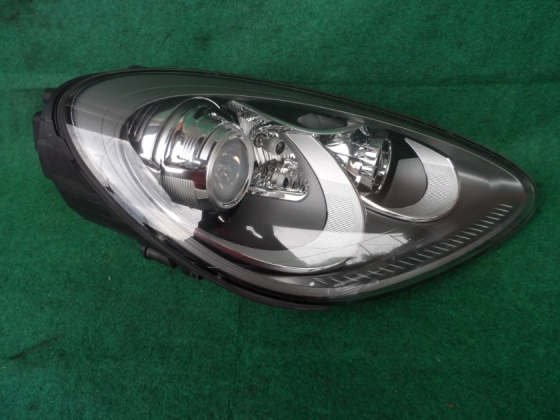 PORSCHE CAYENNE HEAD LAMP 958 Lighting