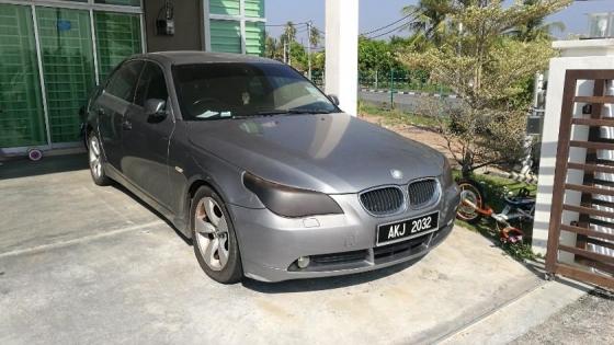 2004 BMW 5 SERIES 520I