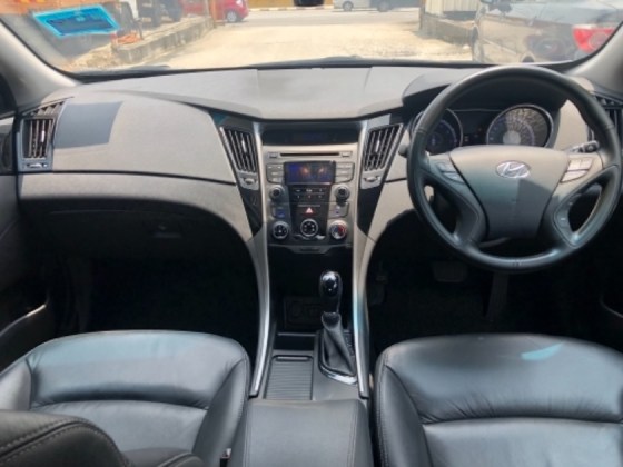 2013 HYUNDAI SONATA 2.0L GLS, New Facelift, New Design, Seldom Used, Call Now