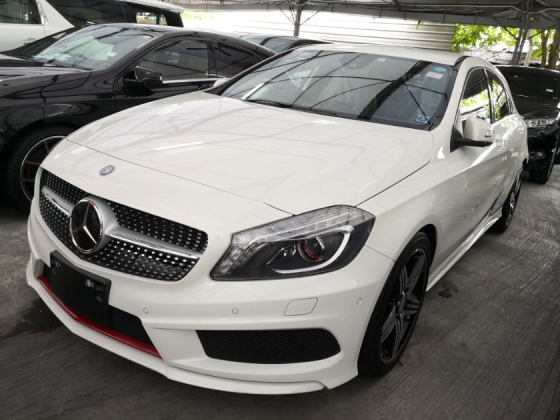 2014 MERCEDES-BENZ A250 AMG Sport Unreg 2014 *** Super Great Condition *** Full Specs *** Raya Promo