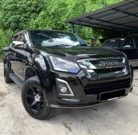2018 ISUZU D-MAX 2.5L 4X4 DOUBLE CAB VIP OWNER LIKE NEW CAR UNDER WARRANTY