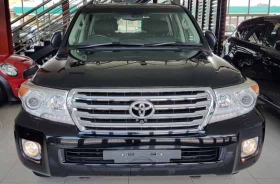2013 TOYOTA LAND CRUISER 4.5 DIESEL V8 D-4D FULL Spec Unreg