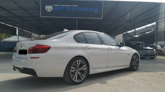 2016 BMW 5 SERIES 520I F10 YEAR MADE 2016 CKD LOCAL SPEC FULL SPEC WELL SERVICE ONE OWNER COME TO VIEW