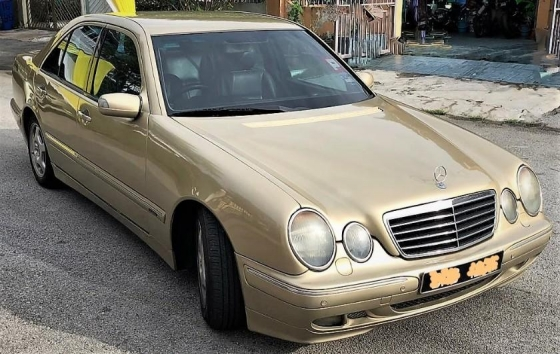 2000 MERCEDES-BENZ E-CLASS E240 AVANTGARDE LIMITED