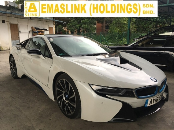 2016 BMW I8 i8 1.5 COUPE TURBOCHARGED HUD FULL VIEW CAMERA (RM) 508,000.00