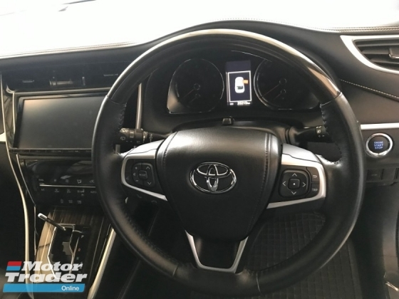 2015 TOYOTA HARRIER 2.0 ALL BLACK INTERIOR 4 CAMERA POWER BOOTH 2015 LIKE NEW JAPAN UNREG