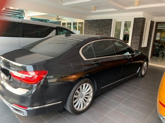 2016 BMW 7 SERIES 730LI 2.0 CKD 2016 REGISTER JAN 2017 20K KM ONLY REAR ENTERTAINMENT