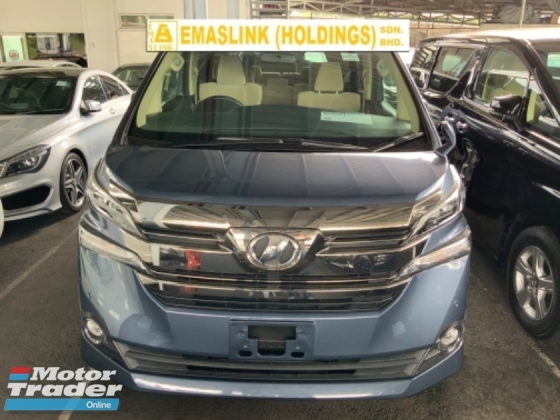 2015 TOYOTA VELLFIRE 2.5 X 8 seaters power door back camera auto hold keyless go unregistered