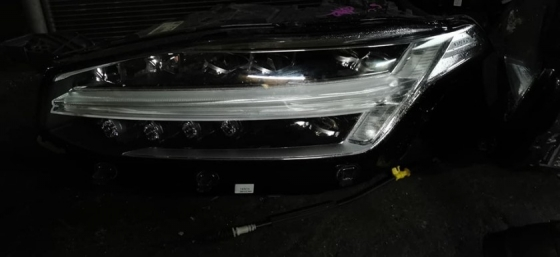 VOLVO XC90 HYBRID HEAD LAMP COMPLETE WITH ECU  Lighting