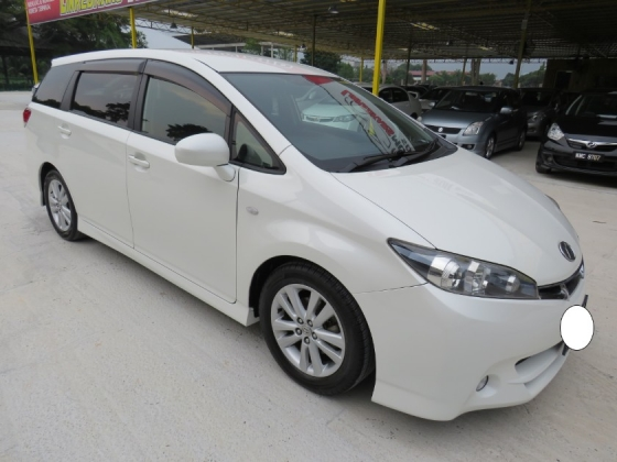 2011 TOYOTA WISH 1.8 (A) S One Lady Owner Pust Start Paddle Shift Full Spec Accident Free High Loan Tip Top Condition Must View