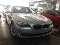 2011 BMW 5 SERIES 523I 3.0 Unreg 11