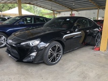 2013 TOYOTA 86 2.0 NA Boxer D-4S 200hp 6 Speed Automatic LSD VSC Sport Mode Smart Entry Push Start Button HVAC