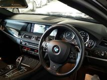 2012 BMW 5 SERIES 523I 2.0 MSport Wagon Japan Premium Car