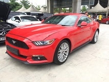 2015 FORD MUSTANG 2.3 EcoBoost Turbocharged 310hp 6Speed Manual Keyless Entry Push Start Button 12 Speakers SHAKER Pro Surround System SportRace Drive Select Auto Power Seats Multi Function Steering Bi Xenon LED Light Reverse Camera Dual Climate Control Bluetooth
