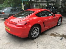 2013 PORSCHE CAYMAN 2.7 Sport Steering New Model 981 DualClutch 7Speed PDK Transmission 272hp PCM Sports Paddle Shift Steering Bucket Seats Xenon LED Lights Automatic Rear Spoiler Dual Zone Climate Control Auto Cruise Control 1 Year Warranty Unreg