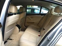 2012 BMW 5 SERIES 528i 2.0 Twin Turbocharge 245hp 8 Speed Sport Plus