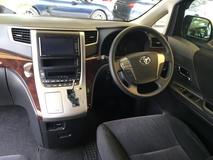 2012 TOYOTA VELLFIRE 2.4 Z Edition 7 Seat 2 Power Door Front Reverse Camera Body Kit 9 Air Bags Xenon Light Unreg