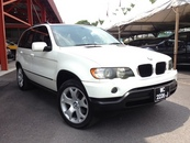 2003 BMW X5 X DRIVE 30I