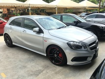 2014 MERCEDES-BENZ A-CLASS A45 AMG Sport  2.0 Fully Handcraft by MercedesAMG Turbocharged 4MATIC 360hp SpeedShift 7GDCT Multi Function Paddle Shift Steering Memory Bucket Seat Mercedes Benz Media Command Interface Xenon LED Light Bluetooth Connectivity 1 Year Warranty Unreg