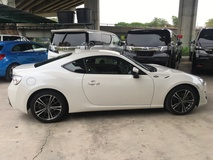 2014 TOYOTA FT-86 GT 86 2.0 NA Boxer D4S 200hp 6 Speed LSD VSC Sport Mode Smart Entry Push Start Button Alcantara HVAC Bucket Seat High Intensity Discharge LED Light System Zone Climate Control Paddle Shift Steering Aluminium Pedals Twin Exhaust DVD Player Reverse Camera