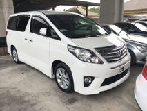 2013 TOYOTA ALPHARD 2.4 SC Edition Memory Pilot 7 Seat Automatic Power Boot 2 Power Door Body Kit Xenon Light 9 Air Bags
