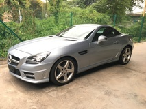 2014 MERCEDES-BENZ SLK SLK200 CGi AMG Sport 7GTronic BlueEfficiency Panaromic Roof Paddle Shift Multi Function Steering Bucket Sport Seat LED Climate Control Auto Cruiser Bluetooth Connectivity 1 Year Warranty Unreg
