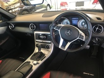 2013 MERCEDES-BENZ SLK SLK200 AMG Sport 7GTronic Blue Efficiency Panoramic Roof  Bucket Seat Multi Function Paddle Shift