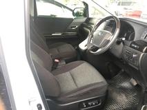 2013 TOYOTA ALPHARD 2.4 SC Edition Memory Pilot 7 Seat Automatic Power Boot 2 Power Door Body Kit Xenon Light 9 Air Bags