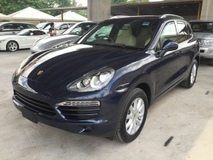 2011 PORSCHE CAYENNE 3.6 V6 PDK Direct Injection 8G (8 Speed) New Facelift Sport Mode Paddle Shift Steering Memory Leather Seat BOSE Surround Sound Bi Xenon Light Automatic Power Boot Dual Zone Climate Control Auto Cruise Control 1 Year Warranty Unreg