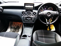 2014 MERCEDES-BENZ A-CLASS A180 1.6t Japan unreg (NO SST)