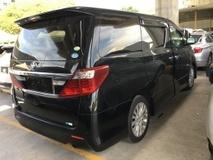 2013 TOYOTA ALPHARD Toyota Alphard 2.4cc 8Seather Camera Keyless 7G 2PD