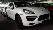 2011 PORSCHE CAYENNE Turbo 4.8 HIGH SPEC UNREG