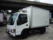 2002 HICOM MTB 145 1Ton Lorry Fibre Box With Refrigerated