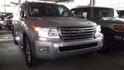 2011 TOYOTA LAND CRUISER ZX 60TH BLACK LEATHER SELECTION