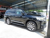 2015 TOYOTA LAND CRUISER ZX 4.6 PETROL FACELIFT JAPAN SPEC