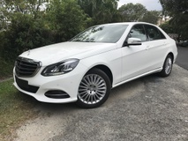 2013 MERCEDES-BENZ E-CLASS E200 ELEGANCE UK SPEC UNREG