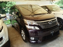 2013 TOYOTA VELLFIRE 2.4 V Front back Camera 2 Power Doors Roof Monitor Electric Seats 7 Seats Unregistered