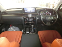 2016 LEXUS LX570 LX 570 5.7 Full Spec Unreg Sunroof 4 Camera Coolbox  No GST
