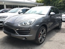2012 PORSCHE CAYENNE 3.0 Diesel Turbo ( BOSE PASM PCM Panoramic Roof P.Boot )