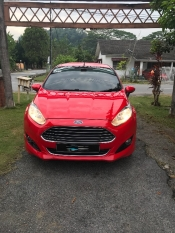 2013 FORD FIESTA Red