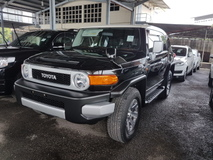 2014 TOYOTA FJ CRUISER COLOR PACKAGE  WITH A TRAC  ACTUAL YR MAKE 2014