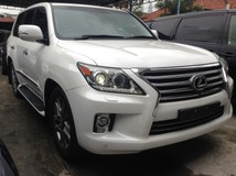 2013 LEXUS LX570 5.7 FULL SPEC UK NEW UNREG