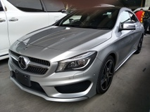 2013 MERCEDES-BENZ CLA 250 2.0 4MATIC AMG JAPAN SPEC PANAROMIC ROOF 2 MEMORY SEATS MULTI FUNCTION STEERING AMG PADDLE SHIFT ADJUSTABLE SIDE MIRROR CLIMATE AIRCOND CONTROL REVERSE CAMERA FREE 1 YEAR GMR WARRANTY LOCAL AP