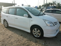 2010 NISSAN LIVINA 1.8 Full Loan