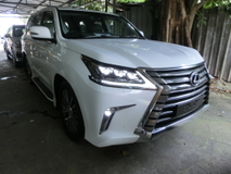 2016 LEXUS LX450 LX 450 4.5 Diesel Twin Turbo Full Spec Unreg Sunroof Mark Levinson 4 Camera