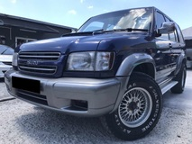 2003 ISUZU TROOPER 3.2 (AUTO) ONE OWNER FULL SPEC LEATHER SEATS NO REPAIR NEED CAR USE ON NORMAL ROAD