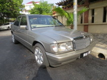 1984 MERCEDES-BENZ E-CLASS AUTO PREMIUM  POWERFULL ENGINE BODYKIT