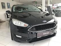 2016 FORD FOCUS 1.5 EcoBoost Sport Trend  Black