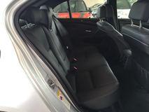 2010 BMW 5 SERIES 523I